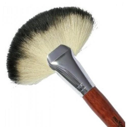 Кисть для макияжа MB-114N