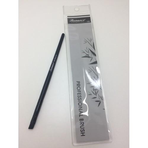 Кисть Romance cosmetics PROFESSIONAL BRUSH 106/Wing Liner